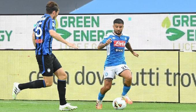 أتلانتا يسقط نابولي ويحقق الفوز السابع تواليا في الدوري الإيطالي