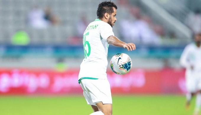 كشف تفاصيل عرض نادي النصر للتعاقد مع عبدالفتاح عسيري من الأهلي