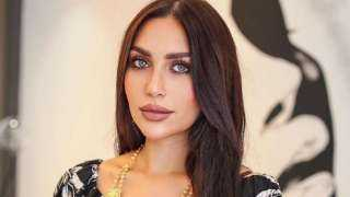 الفاشينيستا الكويتية الدكتورة خلود ترد على اتهامها بادعاء الإصابة بفيروس كورونا (فيديو)