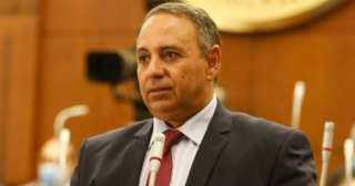 تيسير مطر رئيس نادى المصرى القاهرى يشكر الفريق الطبى الذى قام بتطعيم اعضاء النادى ضد فيروس كورونا